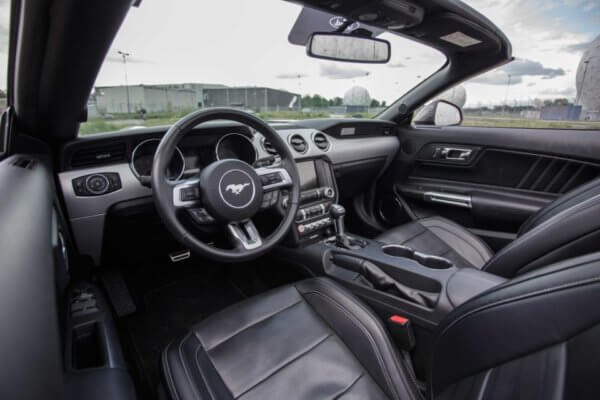 Jouse Ford Mustang GT mieten